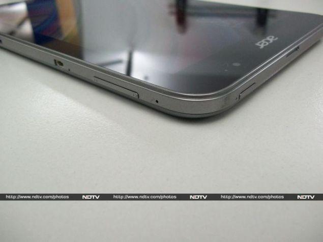 Acer_W4_corner_ndtv.jpg