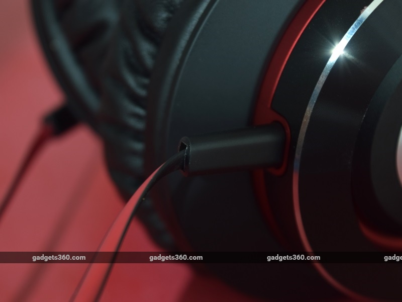 audio_technica_athws770is_cable_ndtv.jpg - Audio Technica ATH-WS770iS