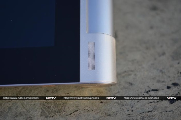 Lenovo Yoga Tablet 10 review 4