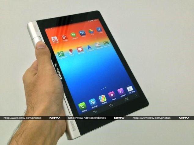 Lenovo_Yoga_Tablet_8_hand_ndtv.jpg