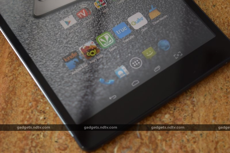 micromax_canvas_tab_p690_bottomfront_ndtv
