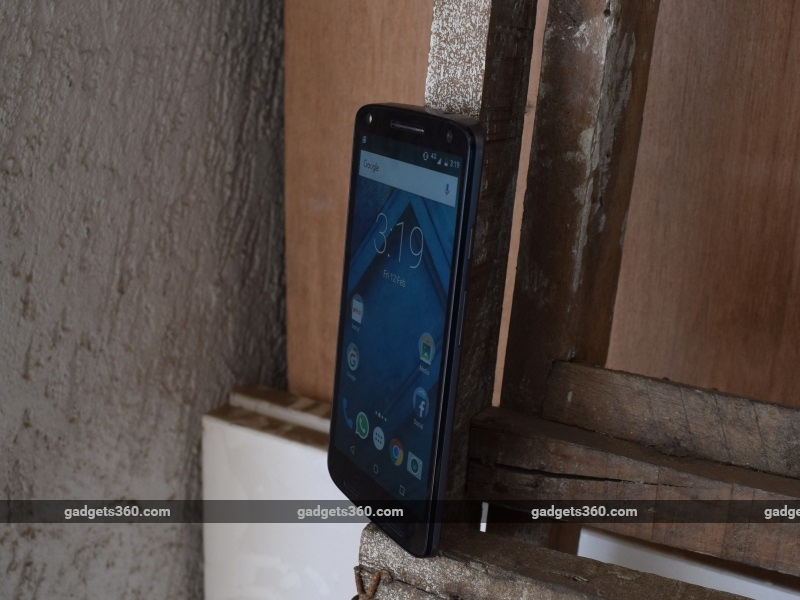 moto_x_force_position2_ndtv.jpg - Moto X Force Review