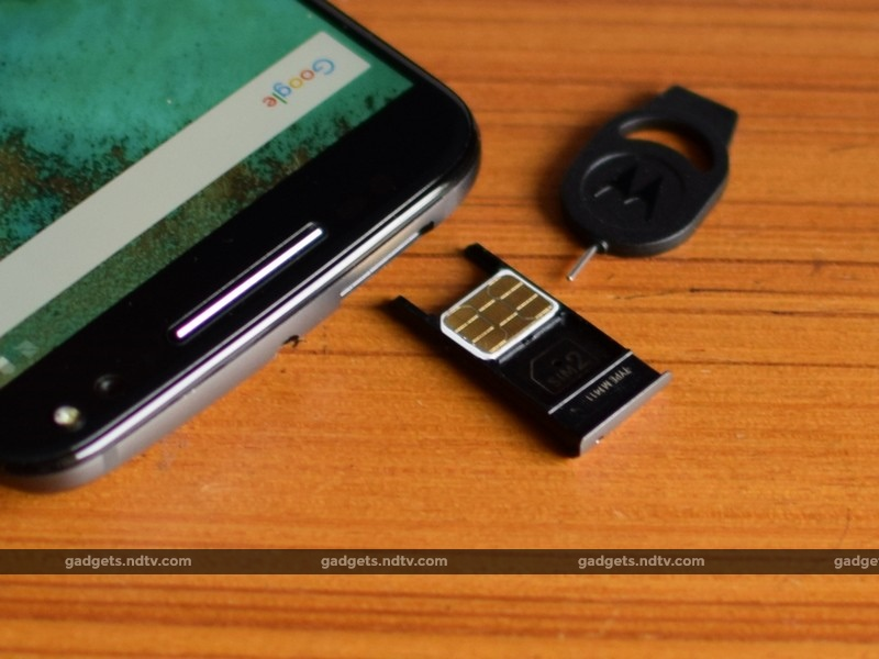 Motorola_moto_x_style_sim_ndtv.jpg