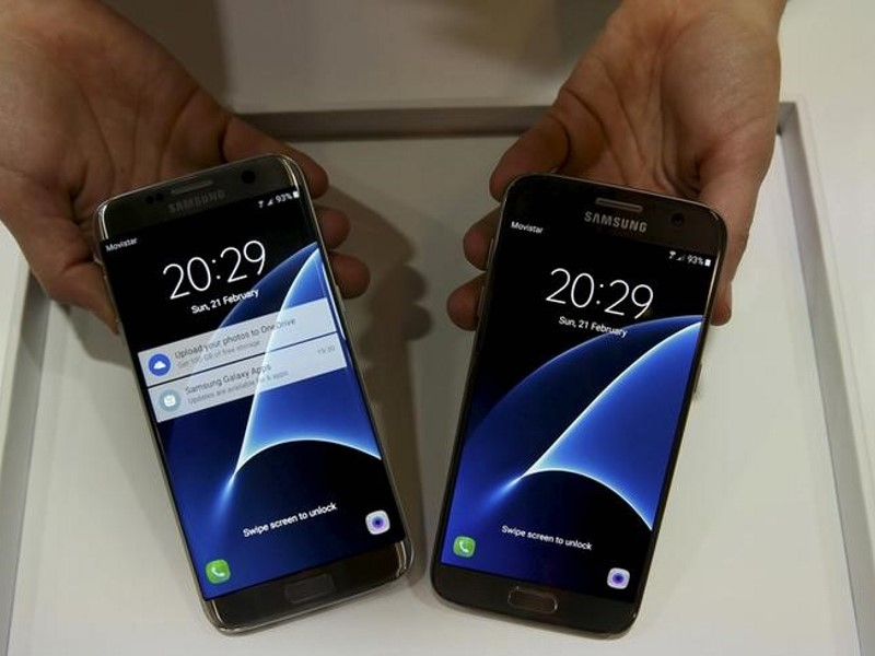 mwc_samsung_galaxy_phones_reuters.jpg