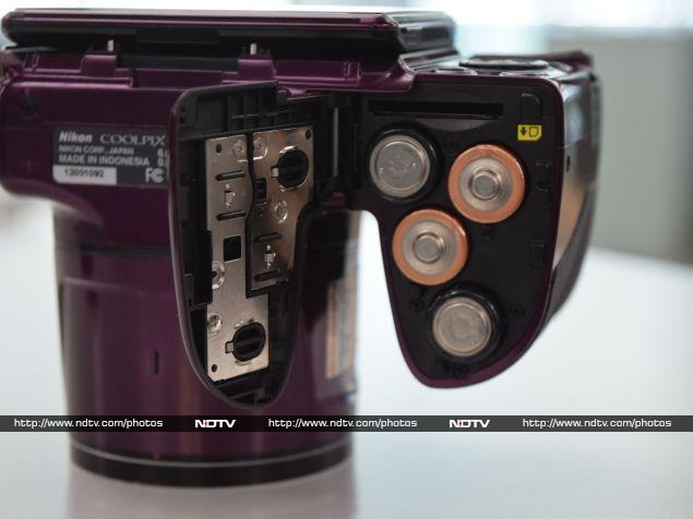 nikon_coolpix_l830_battery_ndtv.jpg - Nikon Coolpix L830 Review