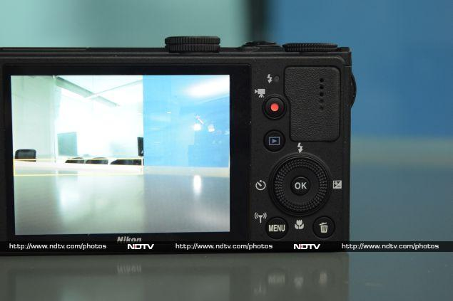 nikon_coolpix_p340_back_ndtv.jpg - Nikon Coolpix P340 Review: Slim, Fast And Powerful