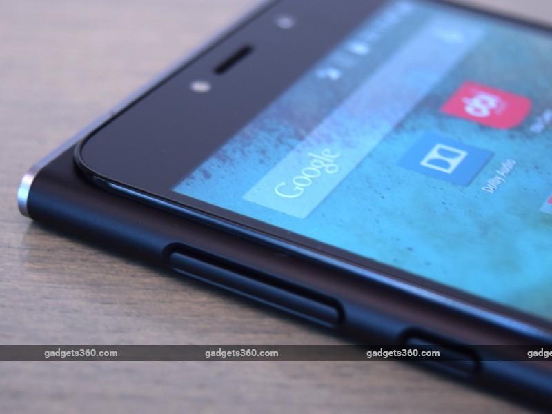 Obi_Worldphone_SF1_buttons_ndtv.jpg
