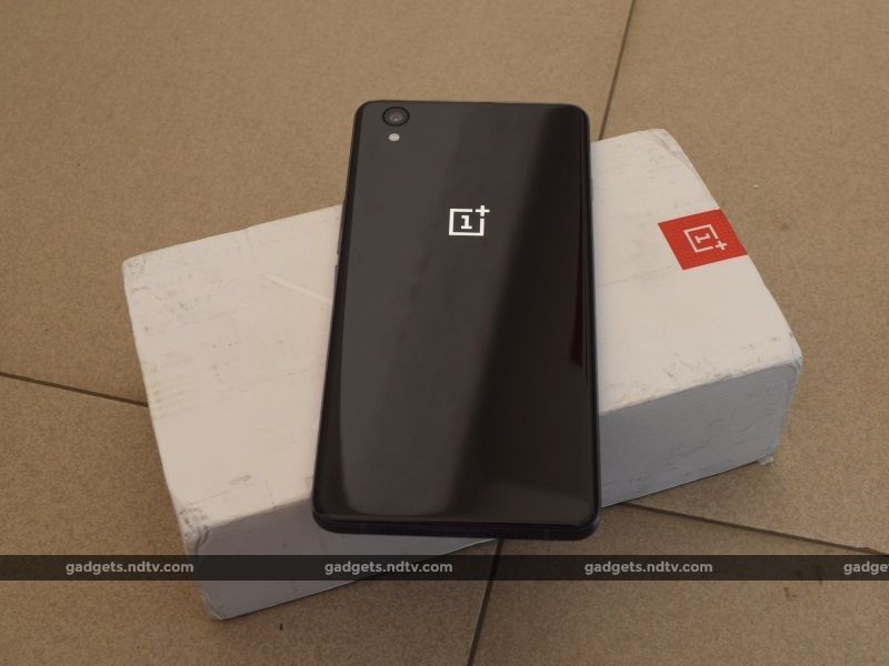 oneplus_x_back_ndtv.jpg - OnePlus X Review